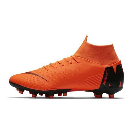 chaussure de foot montant